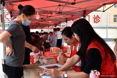 诸城石桥子镇:助力疫苗接种 志愿服务在行动